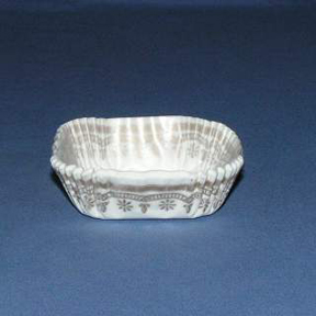 Square Baking Cups - White with Gold Trim - 30ct