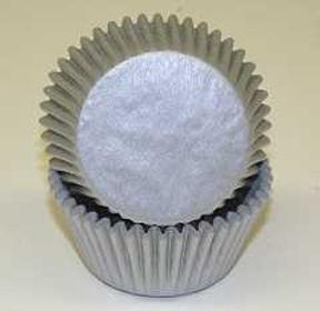 Standard Glassine Baking Cups - Silver - 500ct